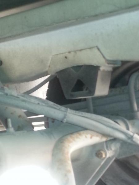 Mercedes Sprinter ruota GEMELLATA, assale tondo, trazione posteriore, modello: 408D 410D 411 412 413 416D 419